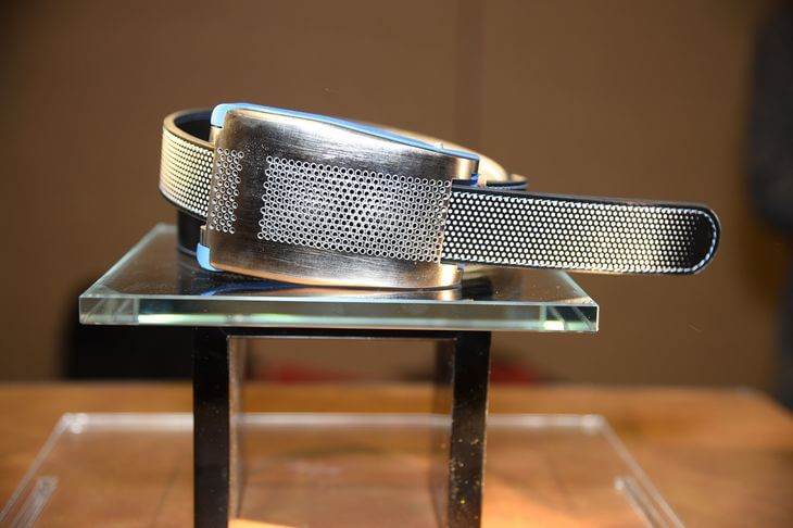 4549558_6_ef8d_belty-a-smart-belt-from-paris-based-emiota-is_3d417fdaf850f41236ab401321fe0a0c