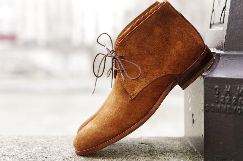 """La réconciliation """"A chaque pied son soulier"""" © Paire & fils"""